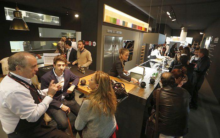 Espacio Cocina-SICI Maderalia Feria Valencia Cevisama Salone del Mobile.Milano-EuroCucina FTK Asociación de Mueble de Cocina (AMC)