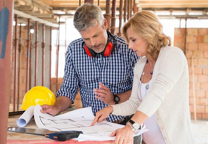 Reanudación de obras de reforma en viviendas y reapertura de comercios
