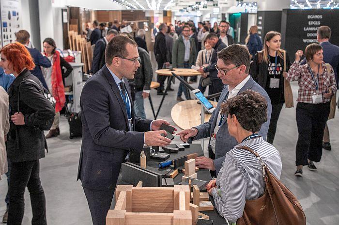cadena de producción de la madera-mueble, diseñadores de interior, EuroCucina, mobiliario inteligente, Pordenone, Salón Internacional de los Componentes, sector de la cocina, Semiacabados y Accesorios para la industria del Mueble, Sicam, SICAM 2019