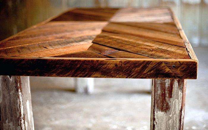 Un instituto de Vigo organiza una jornada sobre acabados para madera y mueble